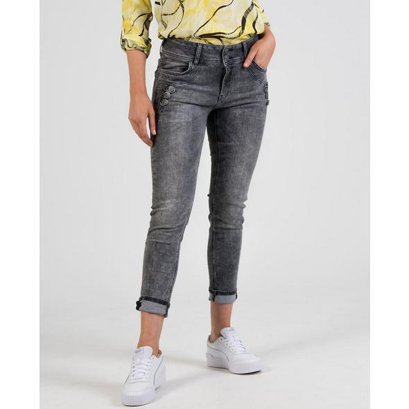 Jeans mit Knopfdetails